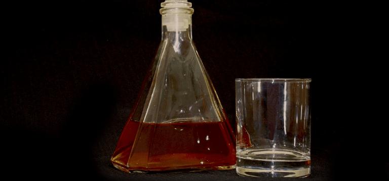 Планируется запрет продажи сухого алкоголя