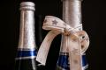 Шампанское вино в бутылке